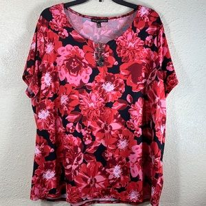 Top Blouse Floral Red Black NWT Size 2X